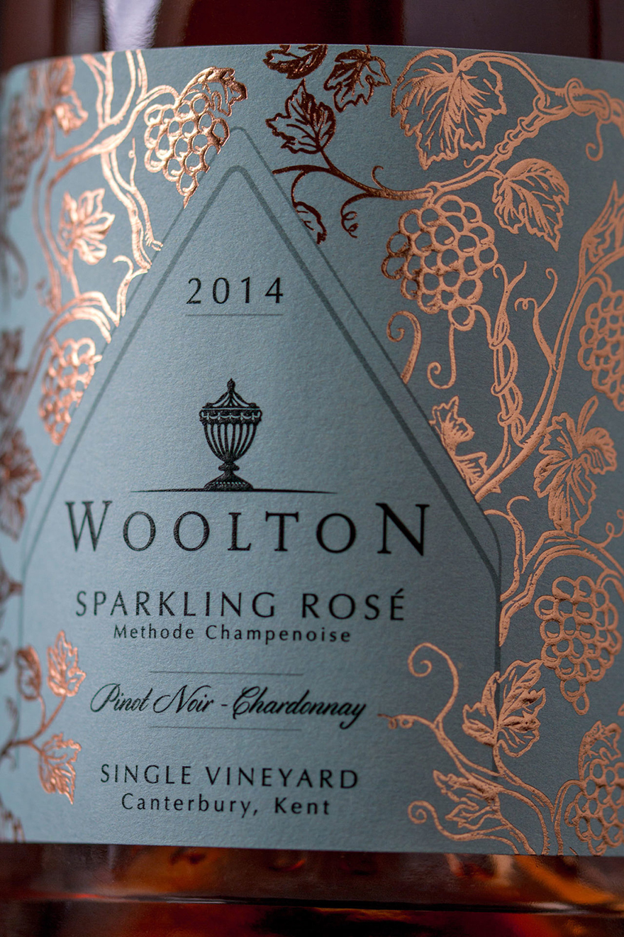 Woolton-Sparkling-Wine-Design-Packaging-6-1280x1920